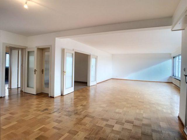 CONTADES, Appartement 4/5 pièces de 188 m²