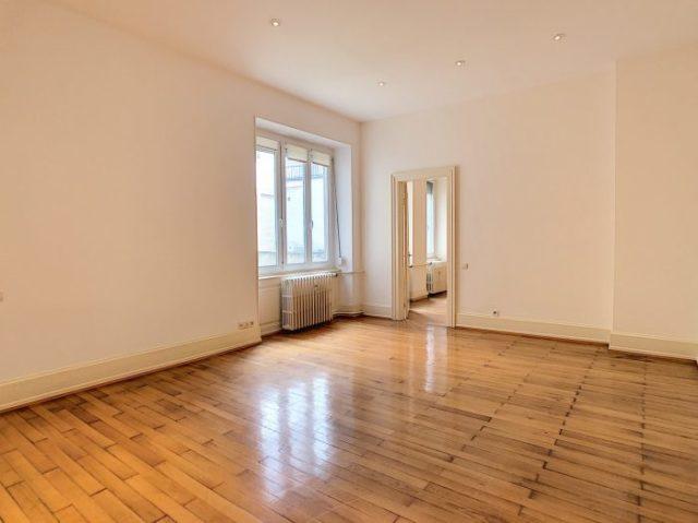 CONTADES appartement 3 pièces 76.66m²