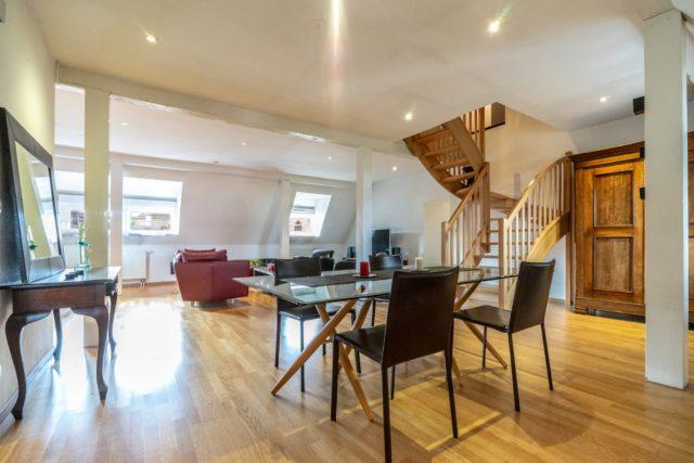 HYPER CENTRE Appartement duplex 4Pièces de 170.47m²