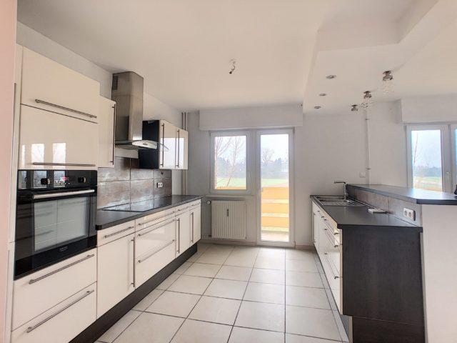 LINGOLSHEIM, Appartement 3/4 pièces de 90m²