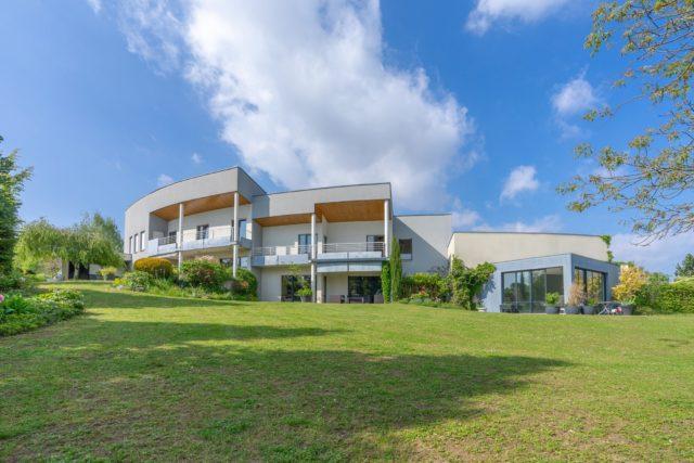 COLLINE Maison exceptionnelle de 440.19m²