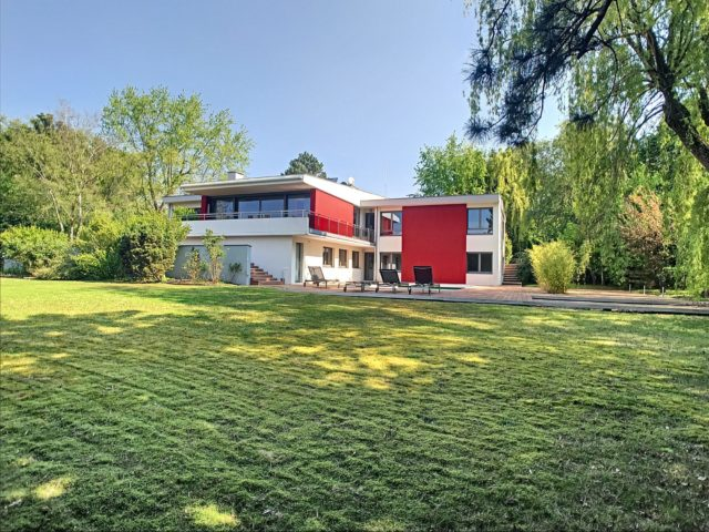 OBERHAUSBERGEN Maison 10 pièces 448m²