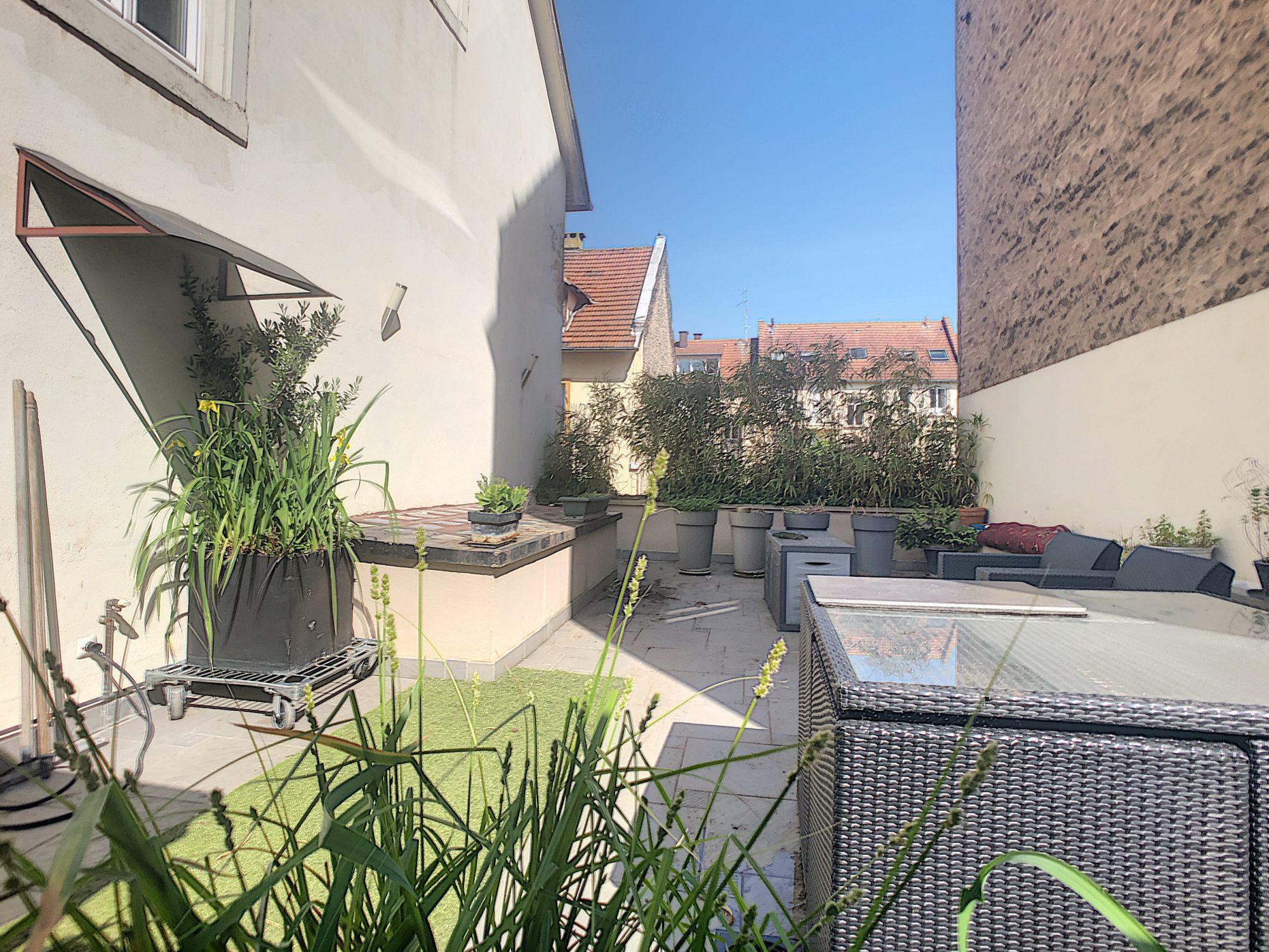 Cronenbourg St Florent, Maison de ville / Petit Immeuble 185m²
