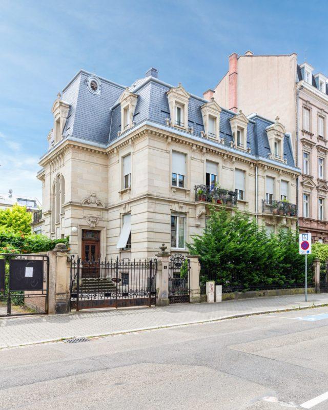 CONTADES, Appartement 5 pièces de 146m²