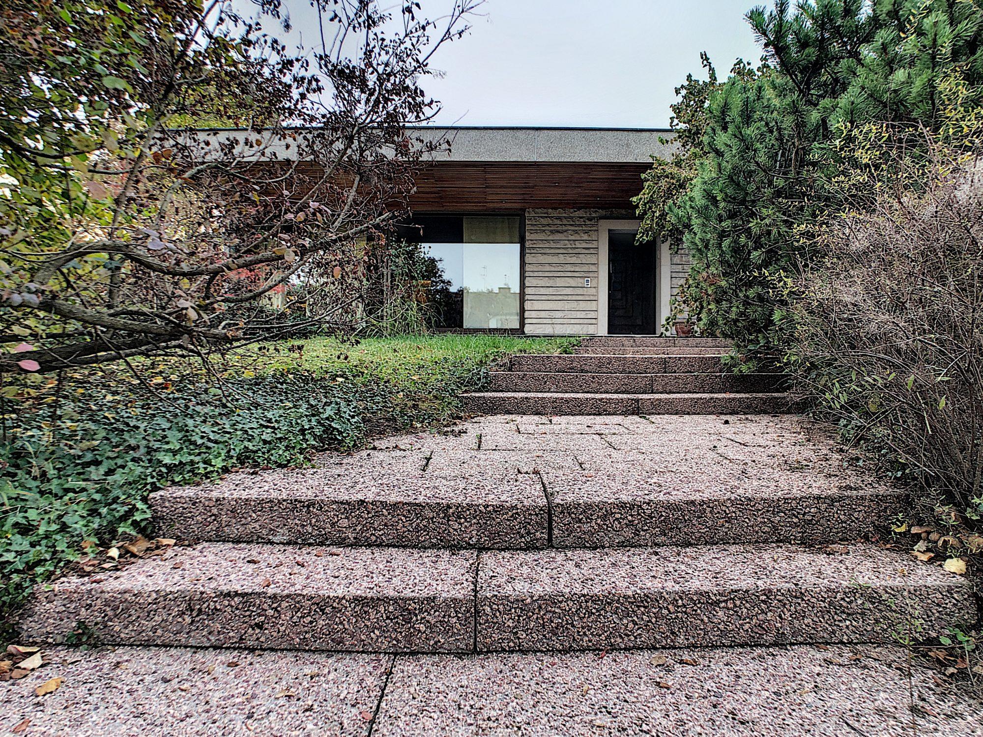 ROBERTSAU Maison Contemporaine années 70 de 410m²