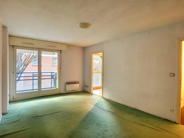 NEUDORF, Appartement 2 pièces de 53m² au sol.