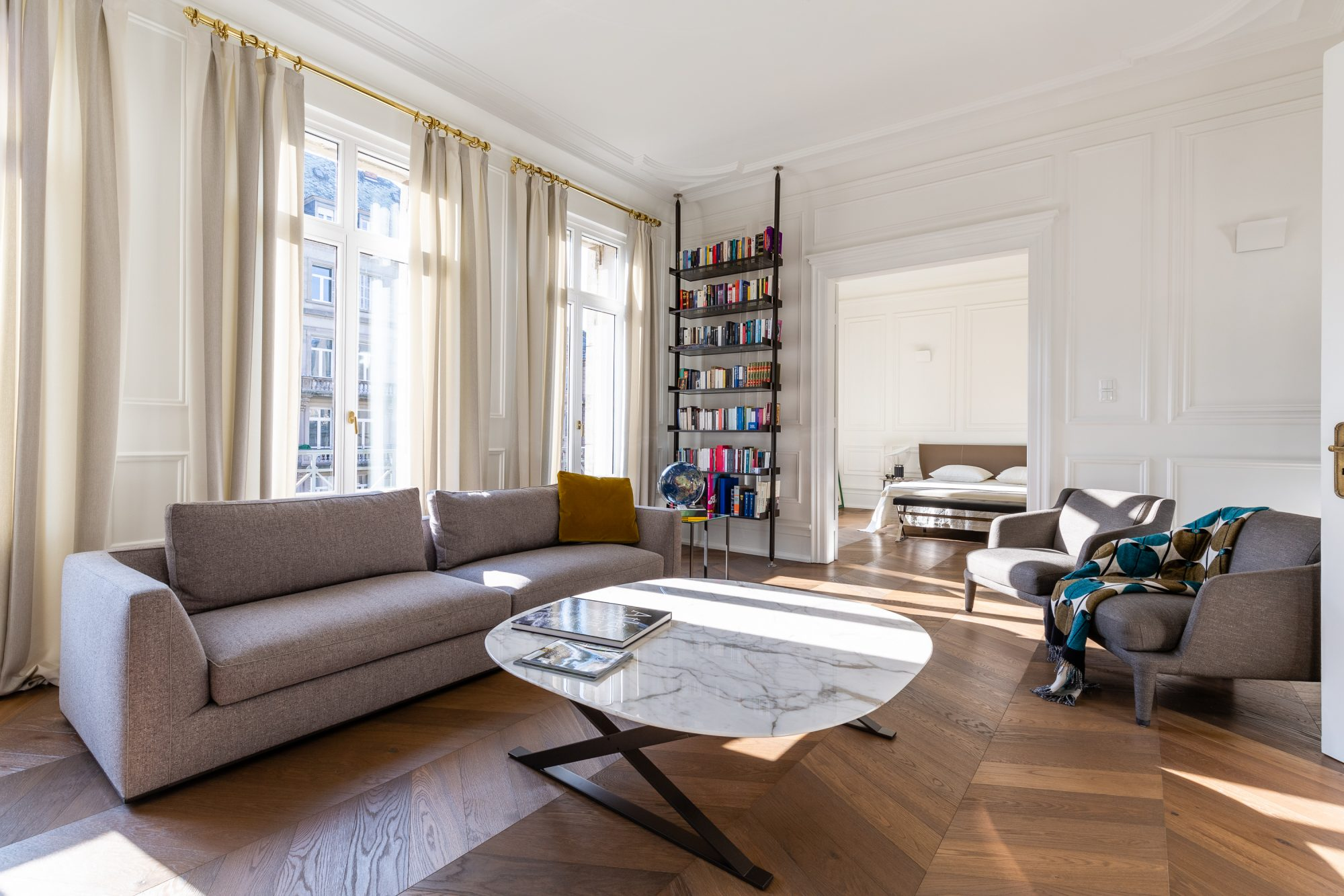 CONTADES, Appartement 5 pièces 172m²