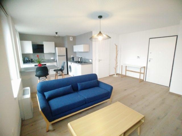 CENTRE-VILLE - 2 pces meublé neuf tout confort