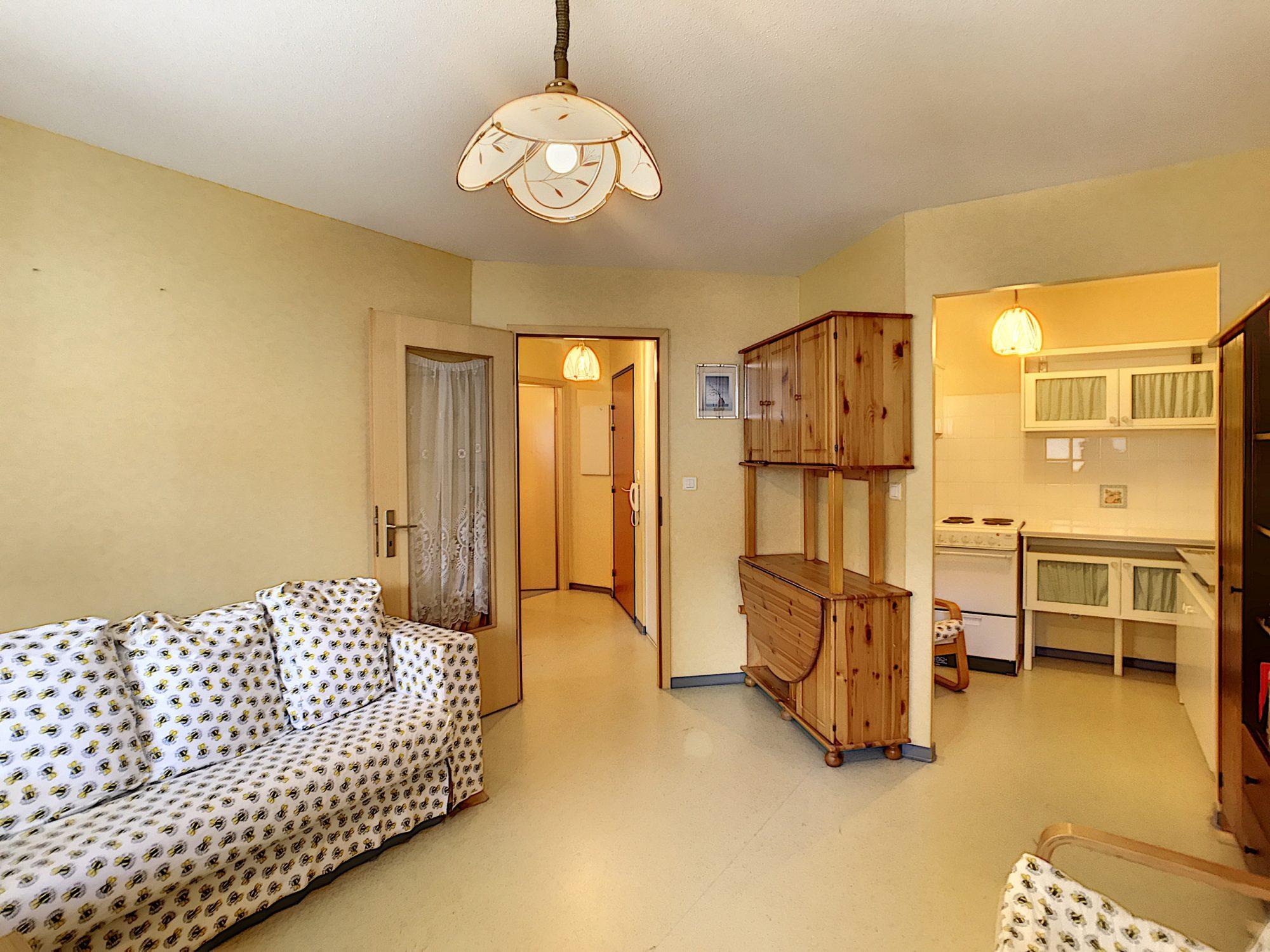 STRASBOURG GARE EXCLUSIVITEE 2 pièces meublé, ascenseur, parki