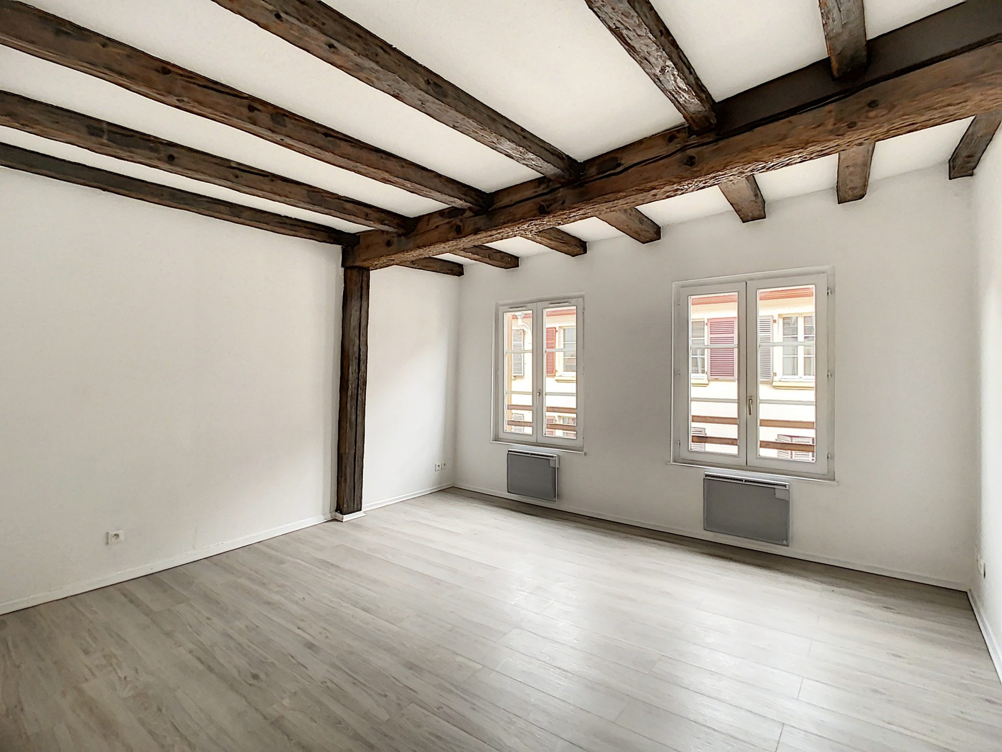 GRAND RUE - 2 pcs duplex  48.96 m2