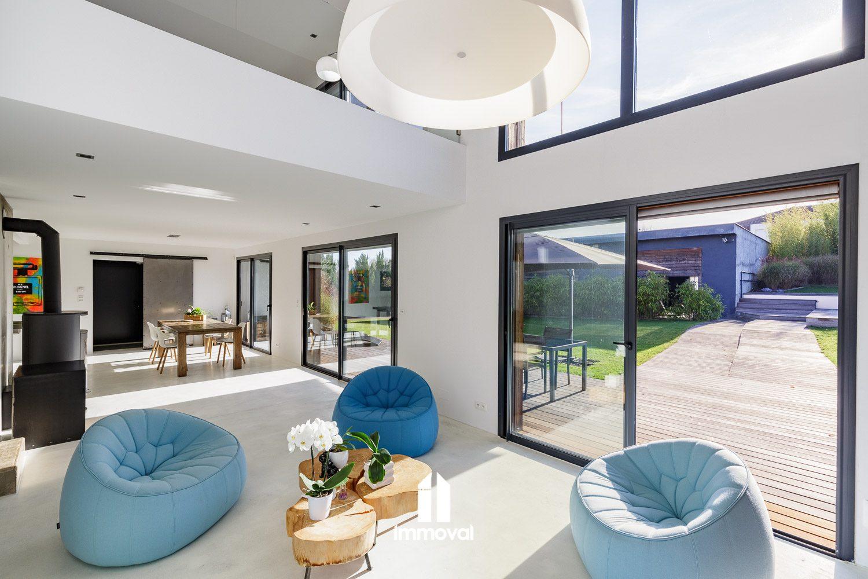 Dachstein Maison contemporaine de 180m² sur 23ares de terrain a