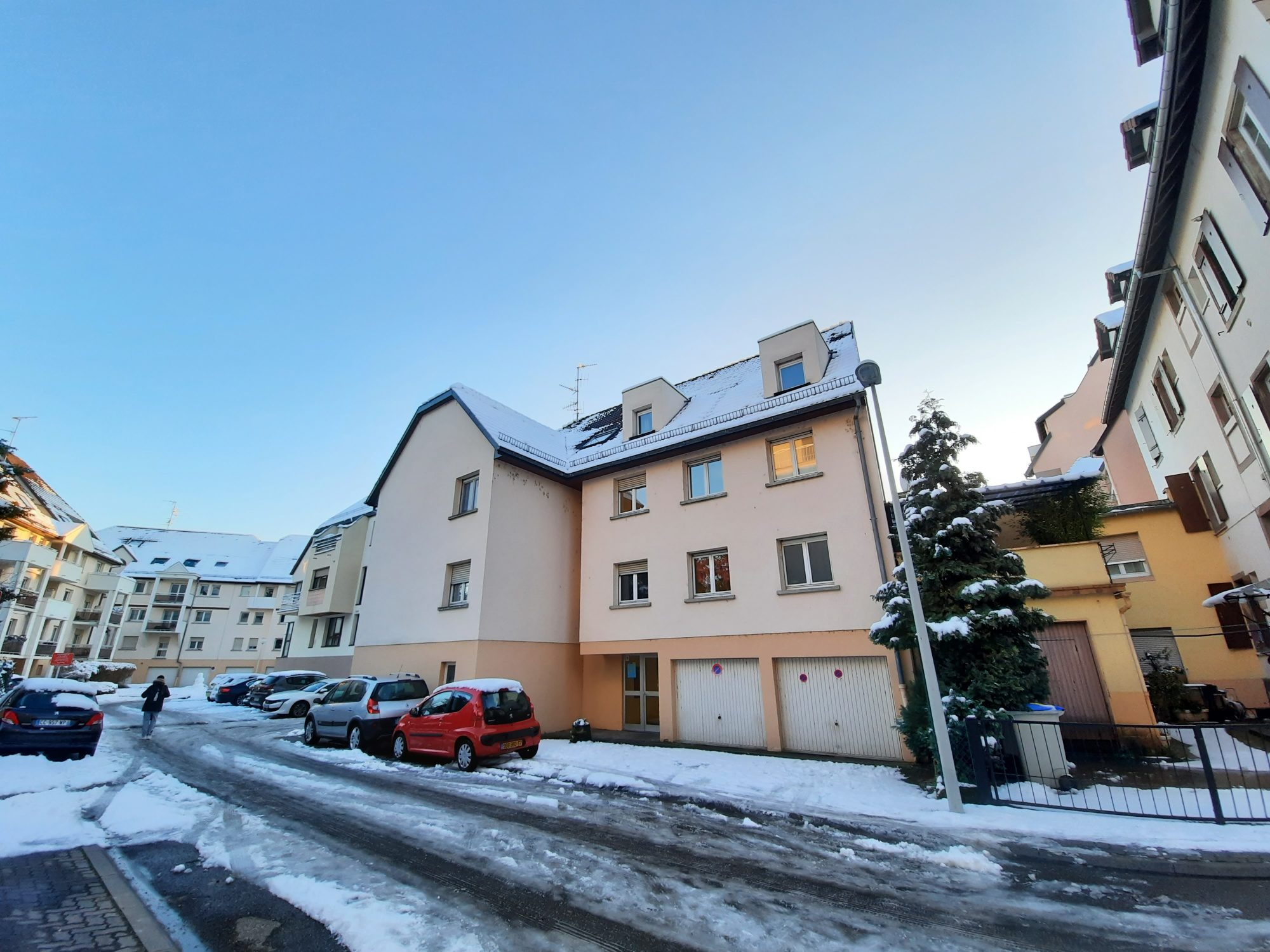 ROBERTSAU SUD - 3 pces de 73.50m² avec balcon