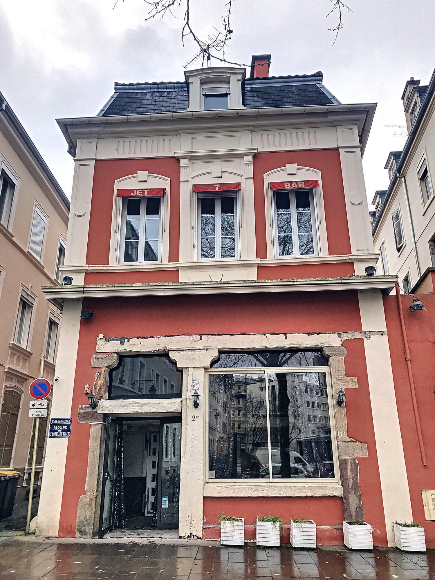 Mulhouse immeuble de 479 m² sur 2 niveaux vide d'occupation