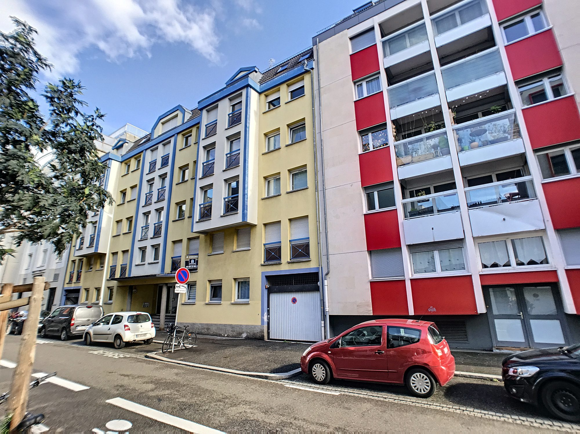 STRASBOURG SECTEUR POINCARE, deux pièces en duplex, parking en