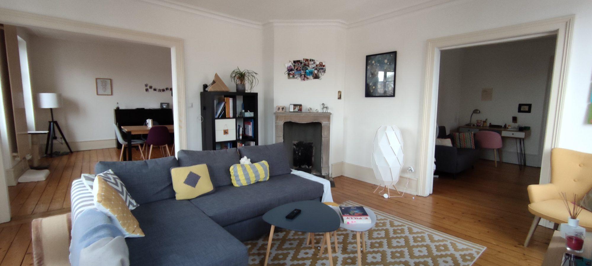 HOPITAL CIVIL Appartement 3/4 pièces de 88 m²