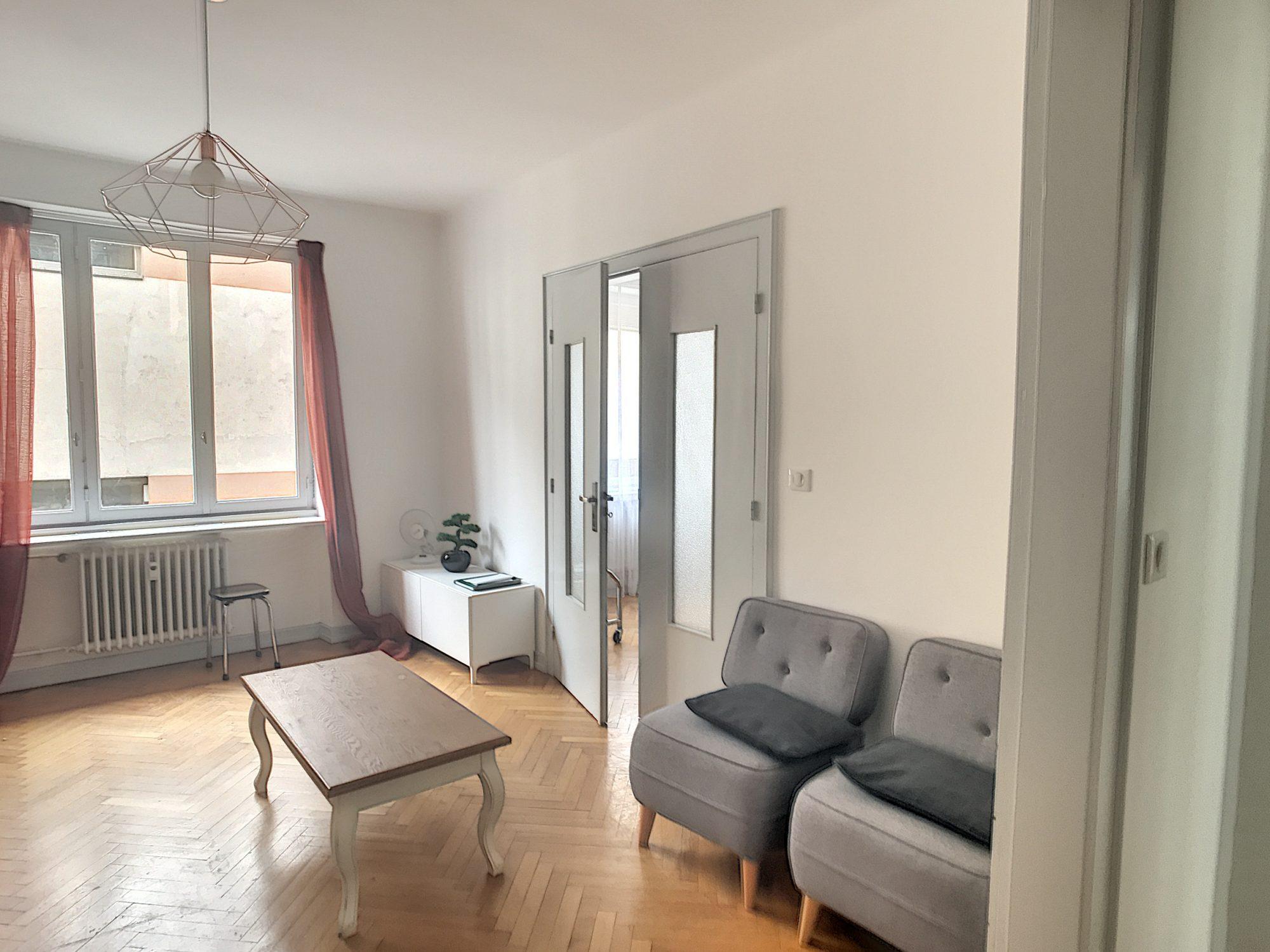 HYPER-CENTRE - 3 pces meublé de m²