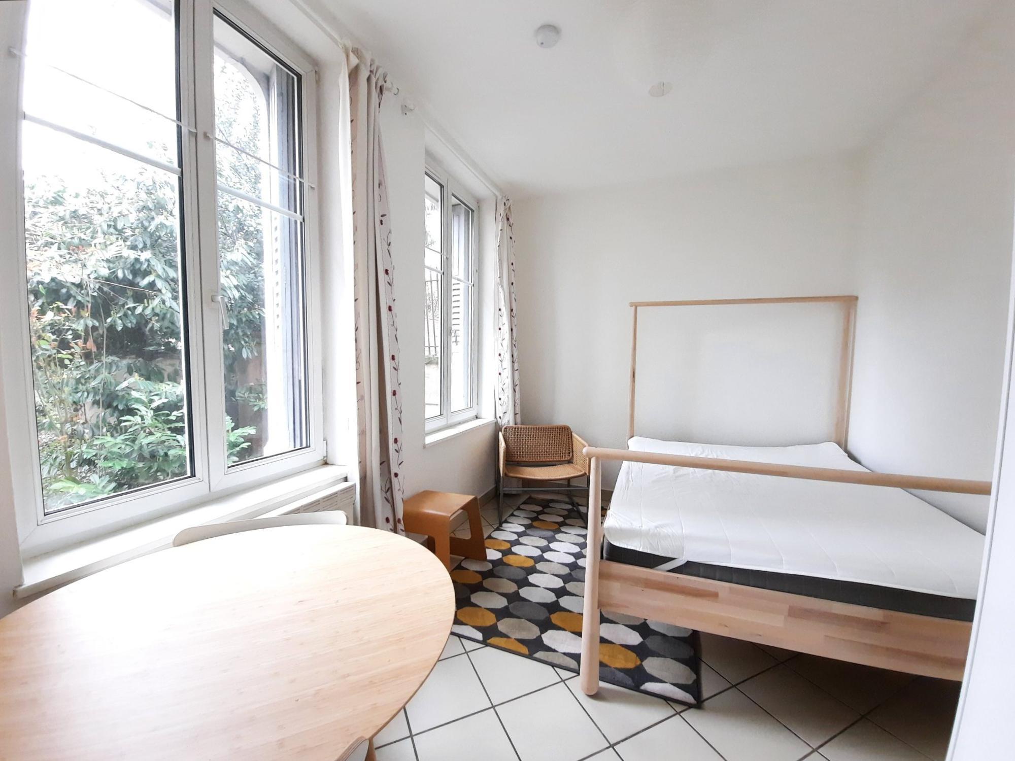 KRUTENAU - Maison de ville 2 pces meublée