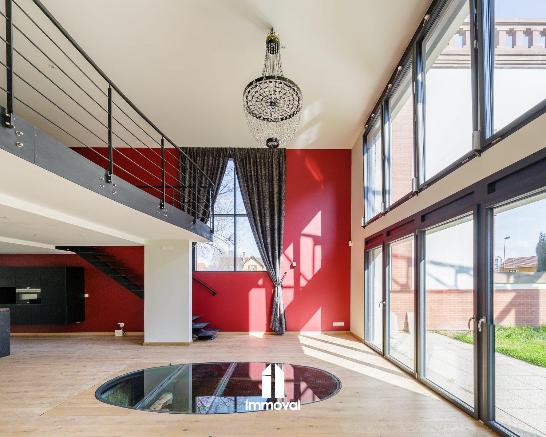 Début Schiltigheim - Spacieux loft de 133m² jardin garages