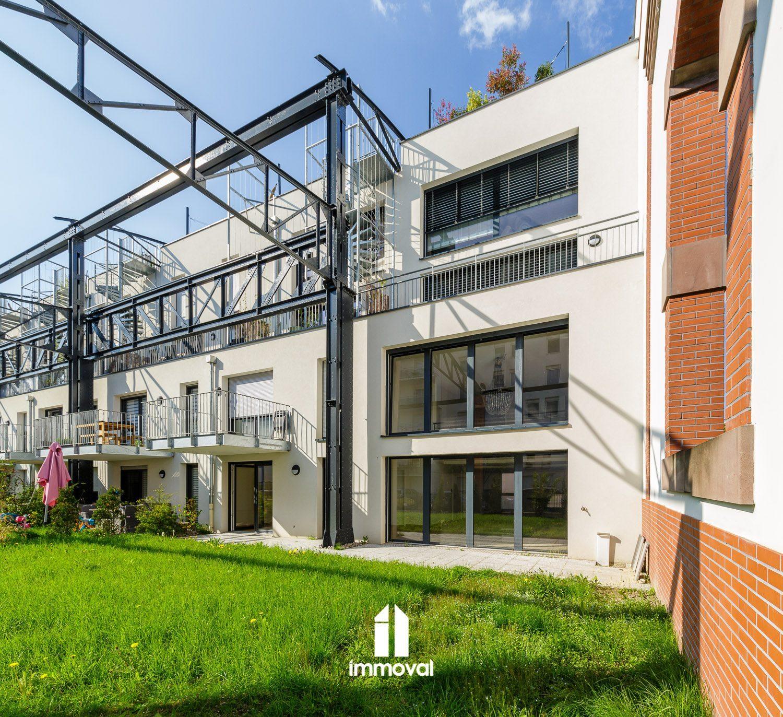 Schiltigheim, loft 133m2 avec jardin et garages