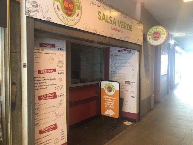 local commercial hyper centre pour restauration rapide