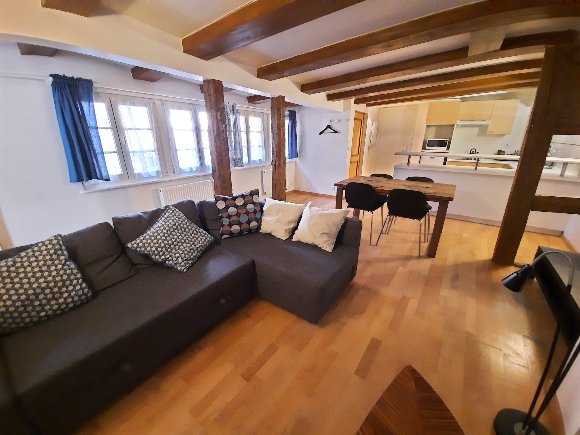 HYPER-CENTRE - 2 pces meublé de 57,52m²