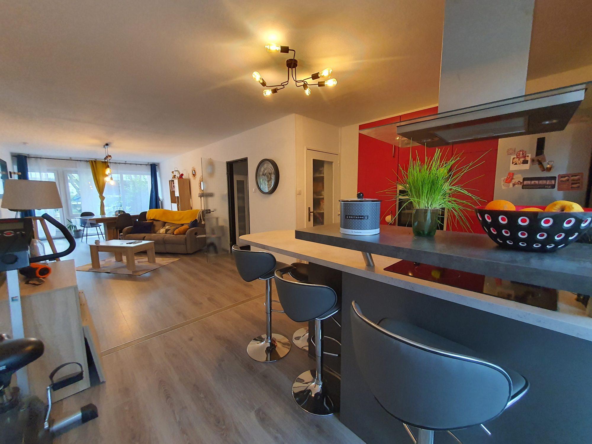Neudorf, appartement 3 pièces avec cave