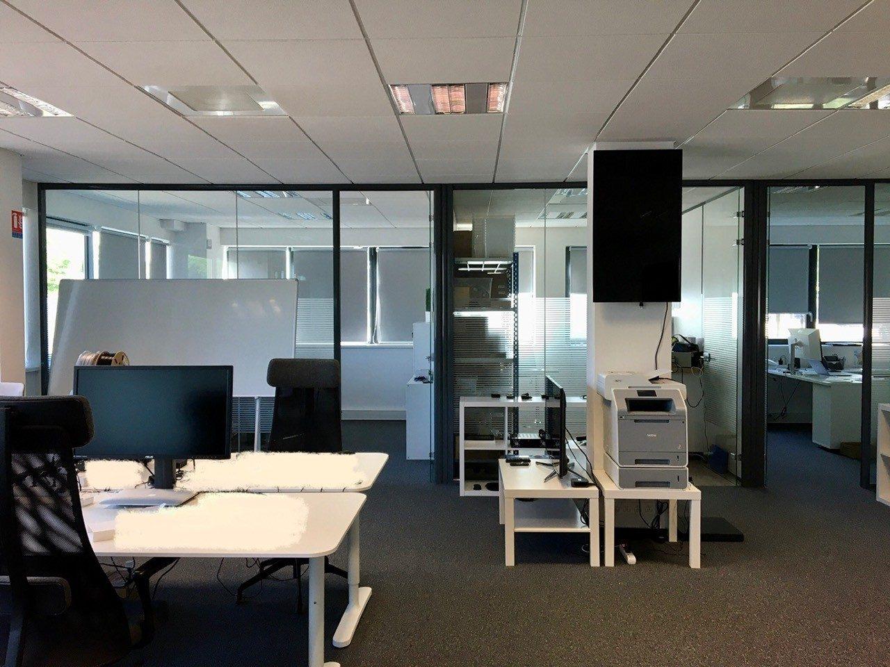 Bureaux 136m² plein-pied dans un immeuble THPE  fibré à l'E3