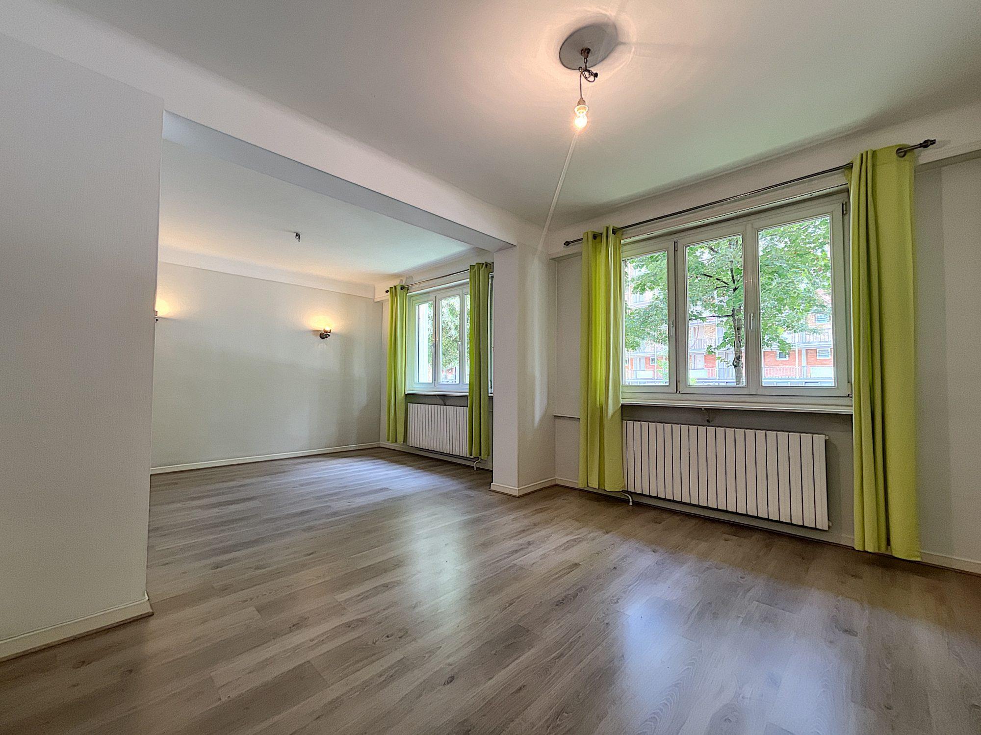 CONSEIL DES XV Appartement 3/4 Pièces 72,81 m2
