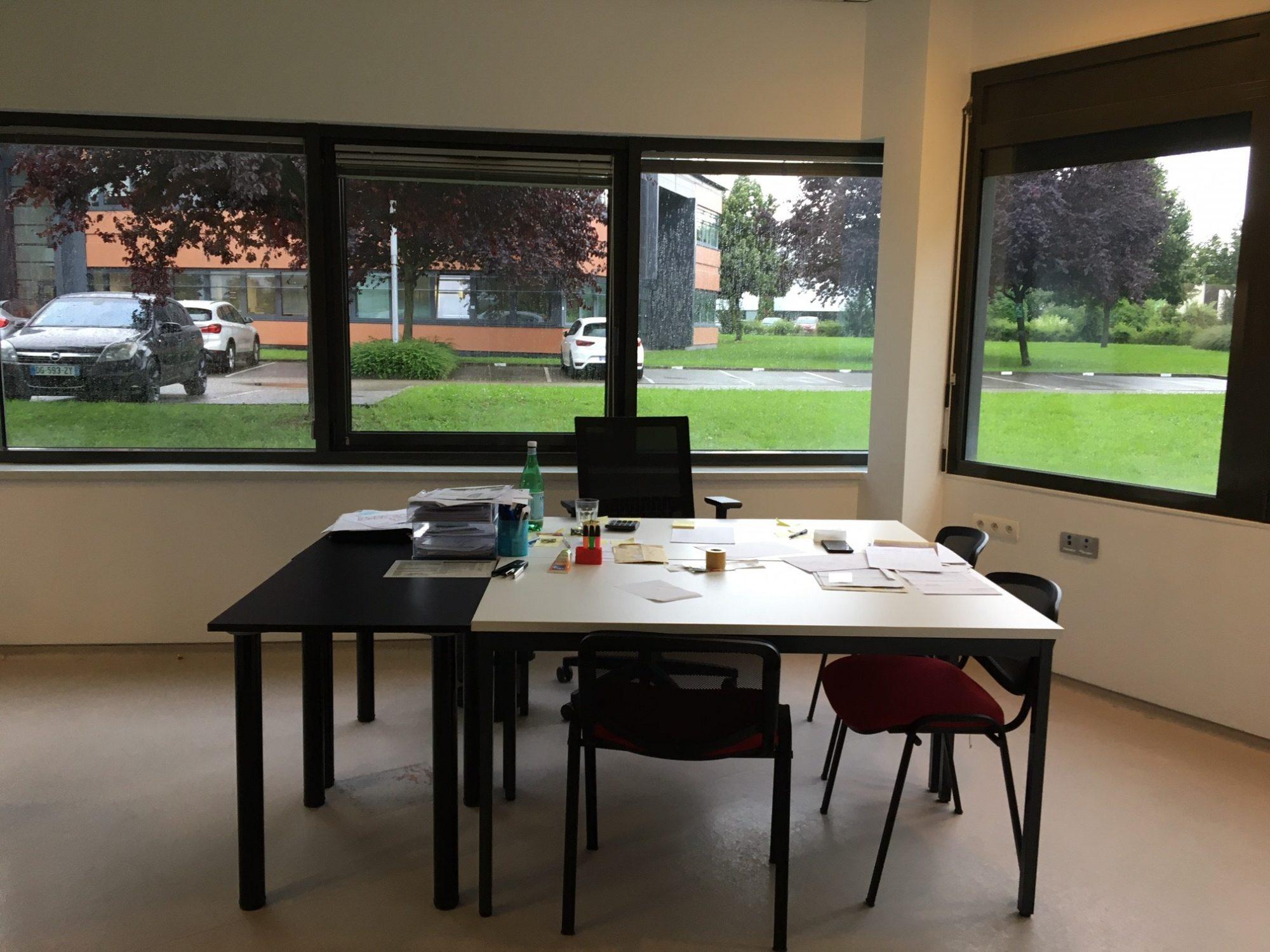 Exclusivité: Bureaux 109 m² plain-pied à l'Espace Européen d