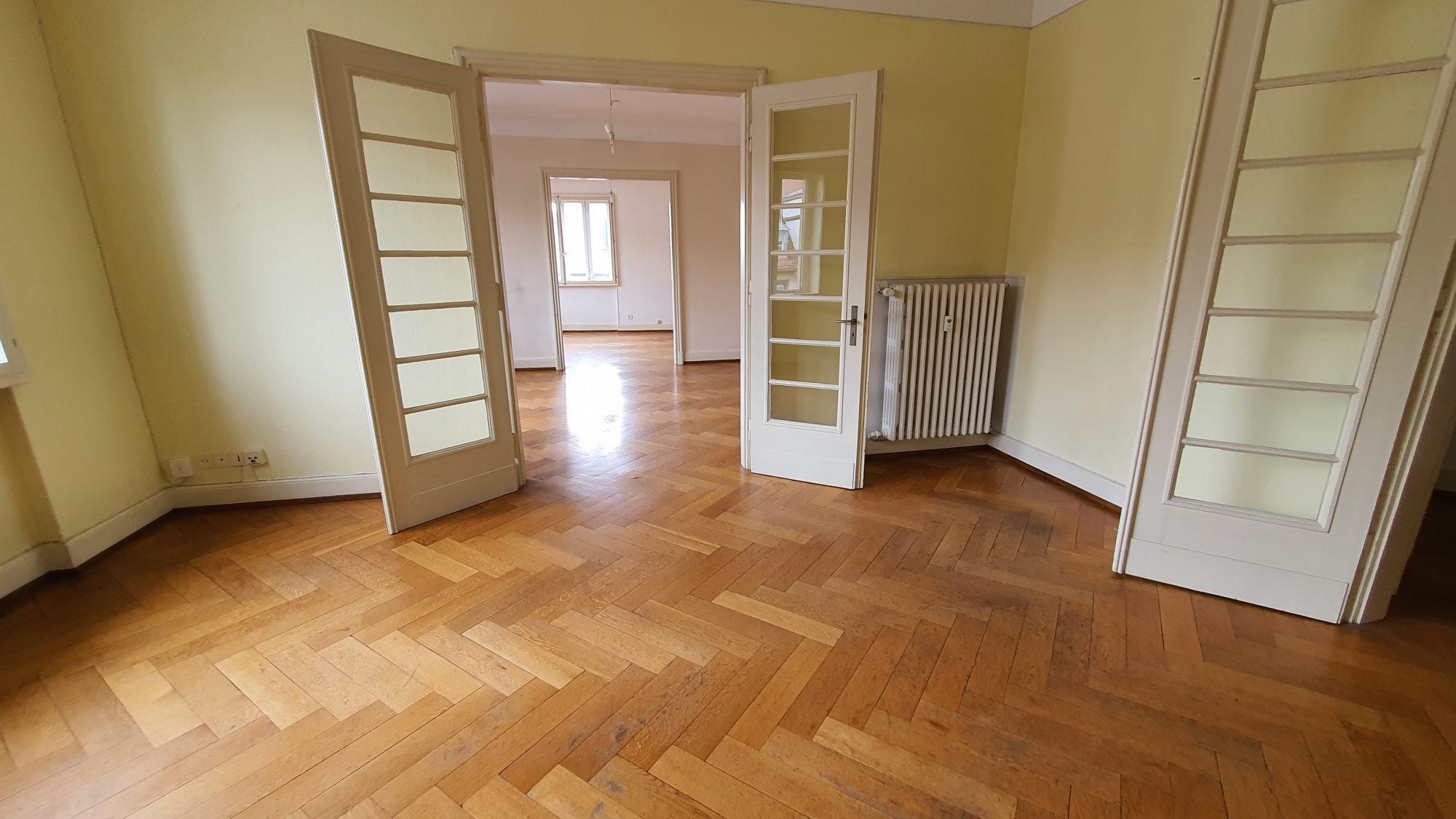 KRUTENAU-BOURSE Appartement 5 pièces de 138 m² avec cave