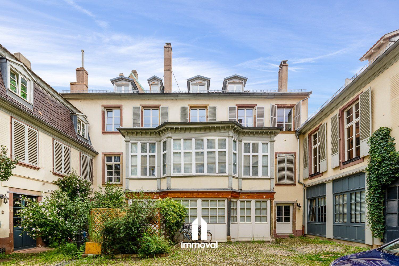 Strasbourg appartement  duplex 4/5 pièces 135m2.