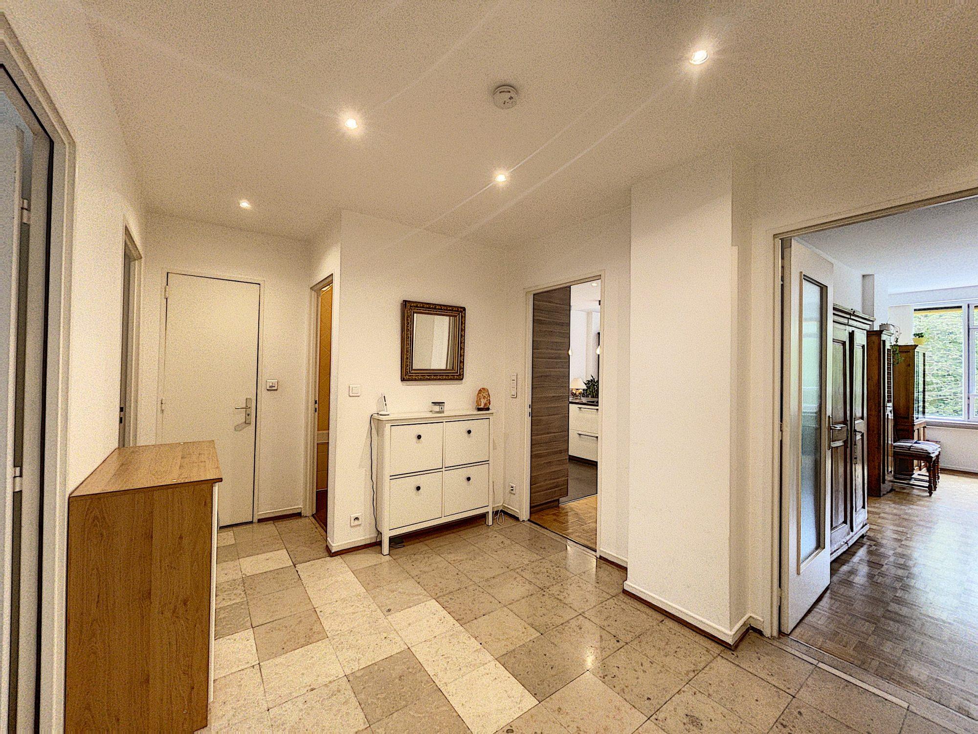 CONTADES - Appartement 3-4 pces de 96,18m²